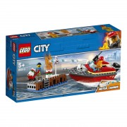 Lego City Fire (60213). Incendio al porto