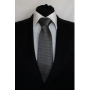 Pánská černá klasická kravata s bílými vzory - 8 cm