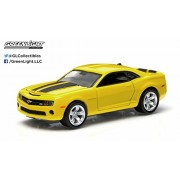 2011 Chevrolet Camaro SS (Yellow and Black) GL Muscle Series 11 Greenlight Collectibles 1:64 Scale 2