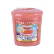 Yankee Candle Passion Fruit Martini vonná svíčka 49 g