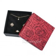 Piros színű, ékszerszett tartó doboz rózsa mintával