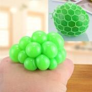 5cm Anti - Estres Relevista Extrusión Compresión Cara De Bola De Humor Sano Uva Socorro Gracioso Tricky Vent Toy Con La Anilla De Colgar (verde)