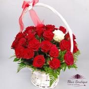 Cos 37 trandafiri