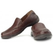 Clarks Un Wind Loafers For Men(Beige, Brown)