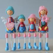 Muñecas De Madera Decoración De Mesa Artes Sedente Familia - Azul Y Rojo