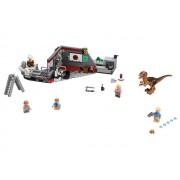 Lego Конструктор Lego Jurassic World Охота на рапторов в Парке Юрского Периода 75932