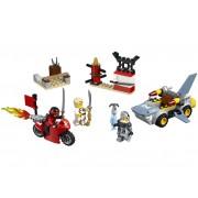 ATACUL RECHINULUI - LEGO (10739)