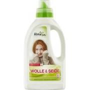 Detergent din Lana si Matase Bio 750ml AlmaWin