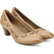 Clarks Denny Dazzle Beige Leather Slip on For Women(Beige)