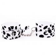 Bracelete Algema com Corrente Estampado em Dalmata Dominatrixxx - ShopSensual