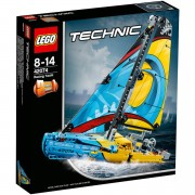 LEGO Technic: Racing Yacht (42074)