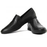 Clarks Gentleson Step Loafers For Men(Black)