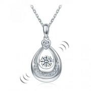 """Ezüst nyaklánc,csepp alakú """"táncoló"""" szintetikus gyémánt medállal - 925 ezüst ékszer"""