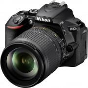 Digitalni zrcalo-refleksni fotoaparat Nikon D5600 uklj. AF-S DX NIKKOR 18-105 mm VR 24.2 mio. piksela, crne boje WiFi, Full HD v