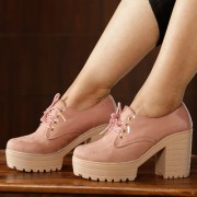 Trendy Look Peach Boots