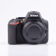 Nikon D5600 Body Only Digital SLR Cameras [kit box]