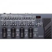 Boss ME-80 COSM baserad multi-effekt pedal.