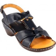 Urban Country Women Navy Wedges