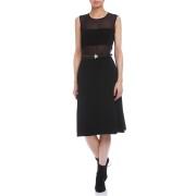 【65%OFF】WILSON シースルー切替 ベルト付 フロントスリット ドレス ブラック xs ファッション > レディースウエア~~ワンピース
