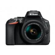 Digitalni foto-aparat Nikon D5600, Set (Sa 18-55mm VR AF-P), Crna