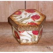 Virágos hatszögletű doboz