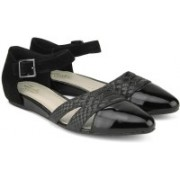 Clarks Coral Sunrise Black Comb Snake Casual For Women(Black)