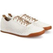 Clarks SIDDAL RUN WHITE LEATHER Sneakers For Men(White)