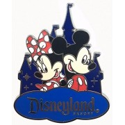 AST Works 2016 Disney DLR Mickey & Minnie Mouse with Castle Pin