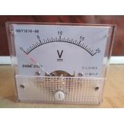 Analógový voltmeter 0-20V na jednosmerné napätie