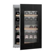 Vitrină de vin încorporabilă EWTgb 1683, 104 L, 33 sticle, Alarmă uşă, Siguranţă copii, Display, Control electronic, Iluminare LED, Rafturi lemn, H 89 cm, Clasa A