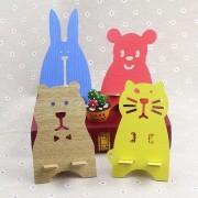 Creative Kawaii Animal-Shaped Desk Holder Decorations Wooden Mobile Phone Stands