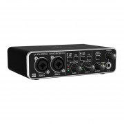 Interfase De Audio Behringer UMC-202HD