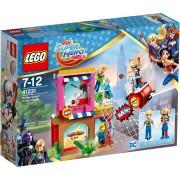 LEGO® Harley Quinn™ schiet te hulp (41231), »LEGO® DC Super Hero Girls™«
