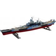 Battleship U.S.S. Missouri hajó makett revell 5092
