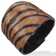 Szőrős bőr karkötő