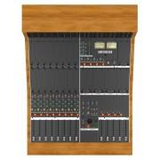 Consola de Audio Looptrotter serie 500 con 8 canales con 2 bahias por canal para estudio de grabación profesional