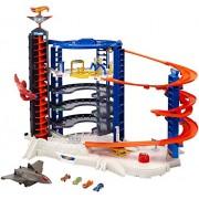 Hot Wheels Super Ultimate Garage Play Set, FFP