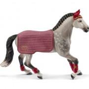 Figurina Schleich - Turnir de calarie cu iapa Trakehner 42456