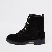 River Island Zwart / Zwarte wandelschoenen met veters en voering van imitatiebont Dames