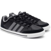ADIDAS NEO CACITY Sneakers For Men(Black, Grey)