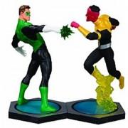 DC Direct Ultimate Showdown: Green Lantern vs. Sinestro Statue Set