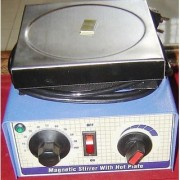 Hot Plate with magnetic stirrer with 1 Litre