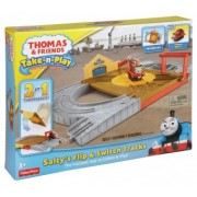 Thomas and Friends The Train: Take-n-Play Portable Railway BCX19