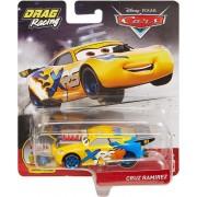 Disney Cars race auto - drag racing XRS - Cruz Ramirez