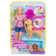Barbie cu catelus si accesorii FDD43