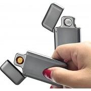 USB Elektrische Aansteker - Vlamloze Aansteker - Geen Olie of Gas - Milieuvriendelijk - Bestand tegen de wind - Makkelijk Oplaadbaar aan je Laptop of PC - Gaat Lang Mee - Ideaal Cadeau voor Rokende Vrienden