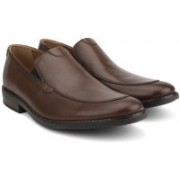 Clarks BECKEN STEP TAN LEATHER Slip On For Men(Tan)
