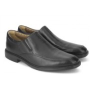 Clarks UNBIZLEY LANE BLACK LEATHER Slip On For Men(Black)