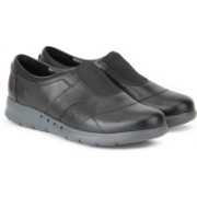 Clarks Un Still Black Corporate Casuals For Women(Black)