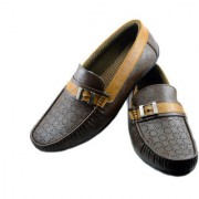 Dolly Shoe Company Men's Tan Loafers